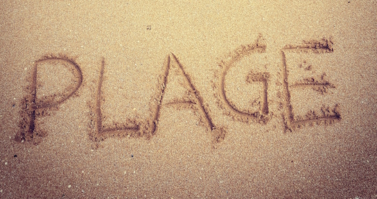 Plage sand writing for Spring Bookie copy v4