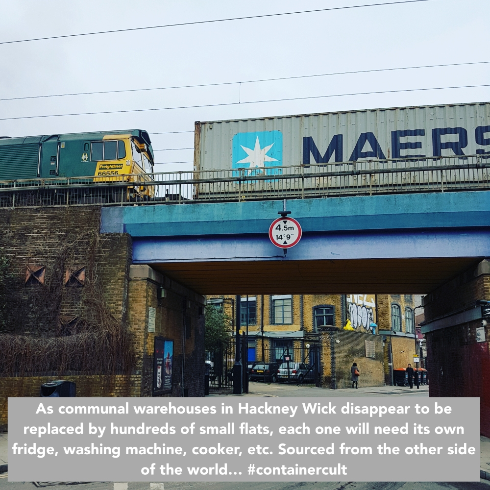 CC Loco Maersk Hackney Wick bridge annotated